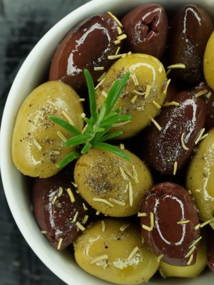 Acropolis Mix of Kalamata & Halkidiki Olives Marinated with Rosemary & Black Pepper (Pitted)